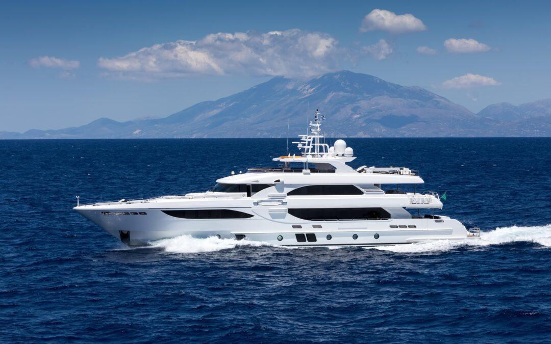 Advantages of Yacht Chartering in September